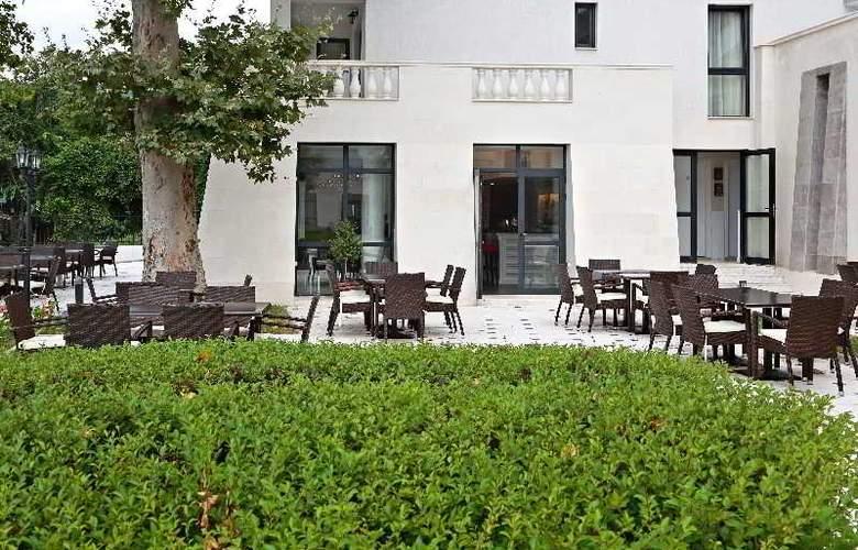 White Rock Castle, Suite hotel - Terrace - 7