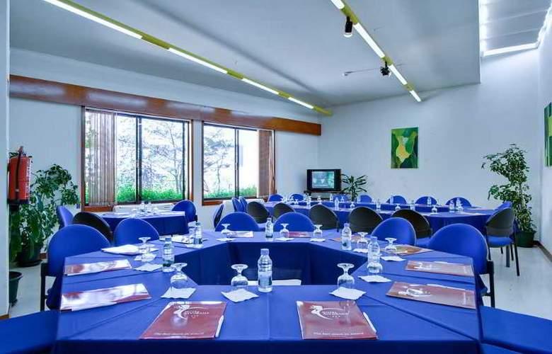 Alvorada - Conference - 11