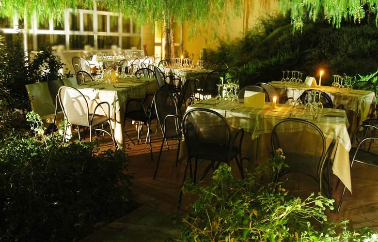Majesty - Restaurant - 2