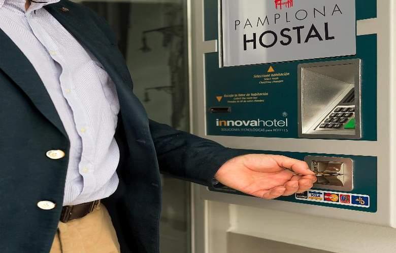 Hostal Pamplona - Hotel - 3