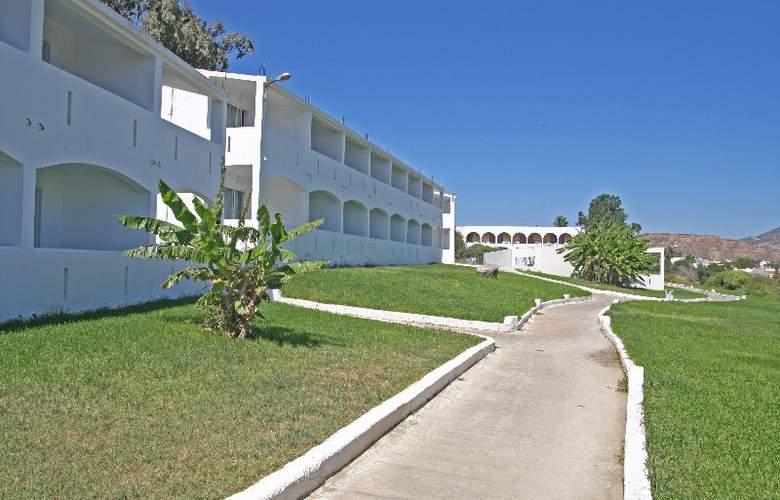 Kardamos - Hotel - 0