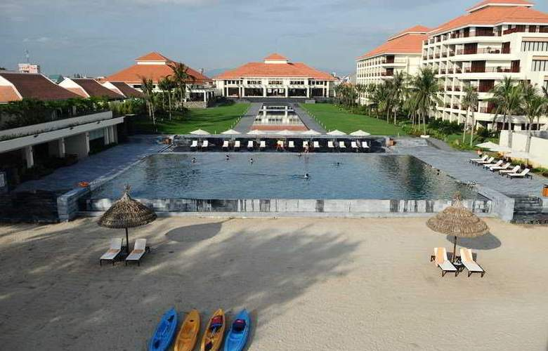 Pullman Danang Beach Resort - Pool - 9