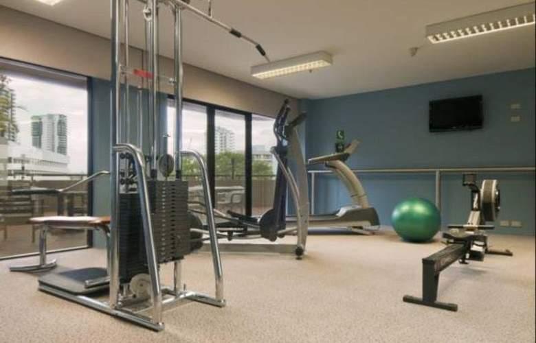 Hilton Darwin - Sport - 6