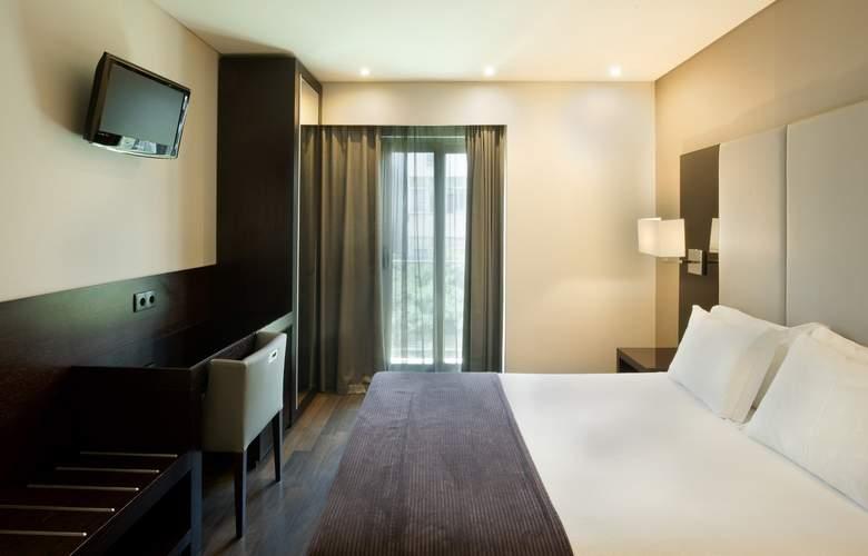 Turim Luxe - Room - 2