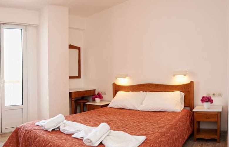 Irini - Room - 2