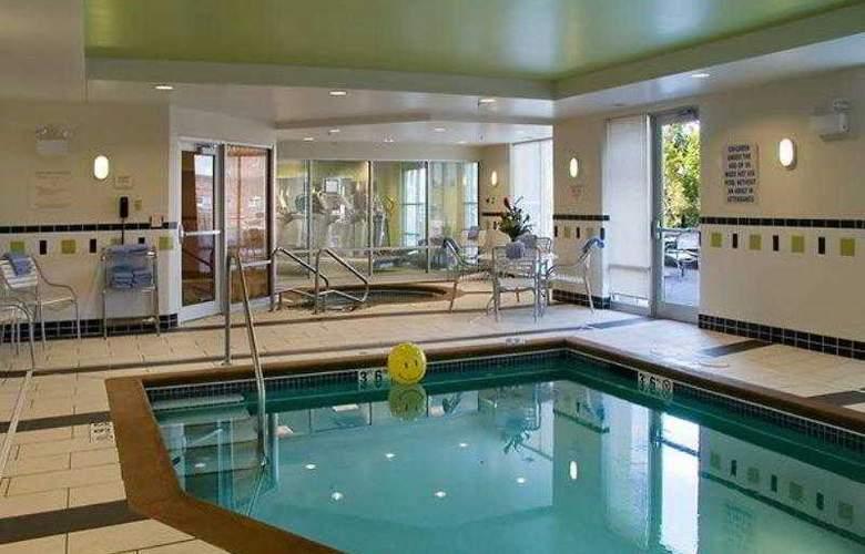 Fairfield Inn suites Omaha Downtown - Hotel - 9