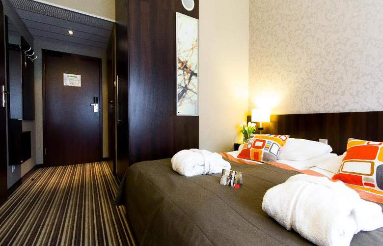 Park Hotel Diament Wroclaw - Room - 14