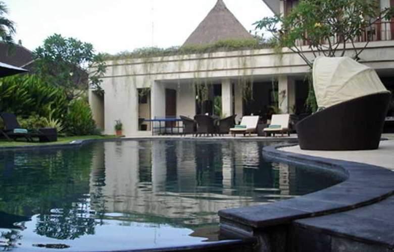 Villa Diana Bali - Pool - 18