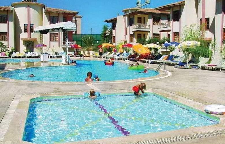 Sunlight Garden Hotel - Pool - 7