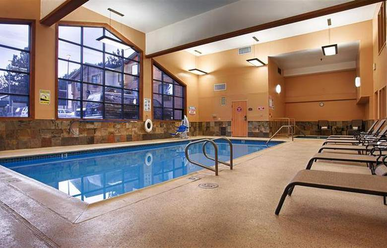 Best Western Plus High Sierra Hotel - Pool - 144