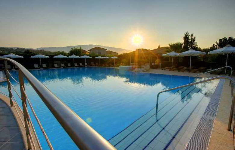 Avithos Resort - Pool - 6