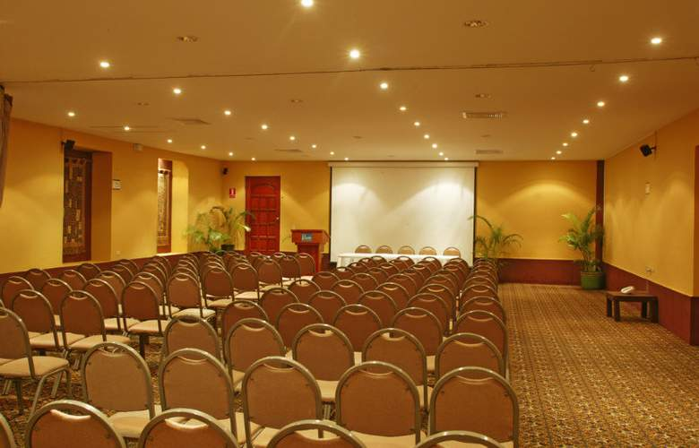 Viva Wyndham Dominicus Palace All Inclusive - Conference - 15