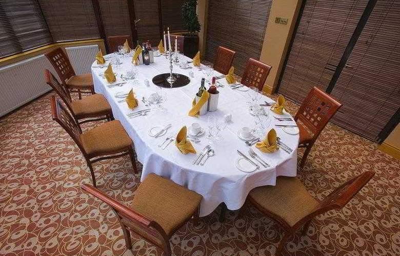 Best Western Forest Hills Hotel - Hotel - 33