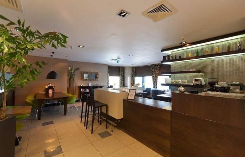 XO Hotels Blue Square - Bar - 51