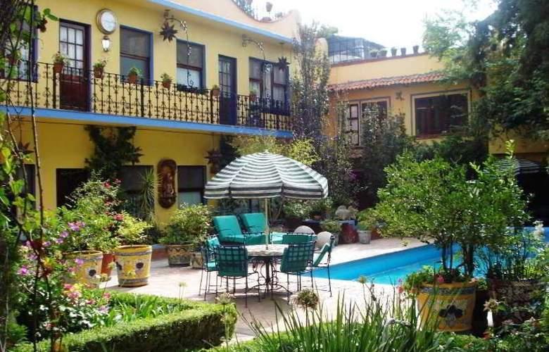 Hacienda de las Flores - Pool - 2