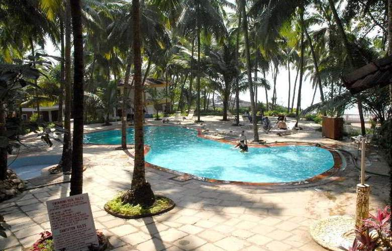 Bambolim Beach Resort - Pool - 6