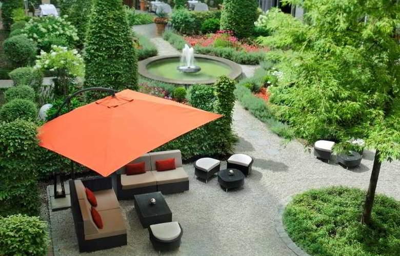 Le Meridien Munich - Terrace - 12