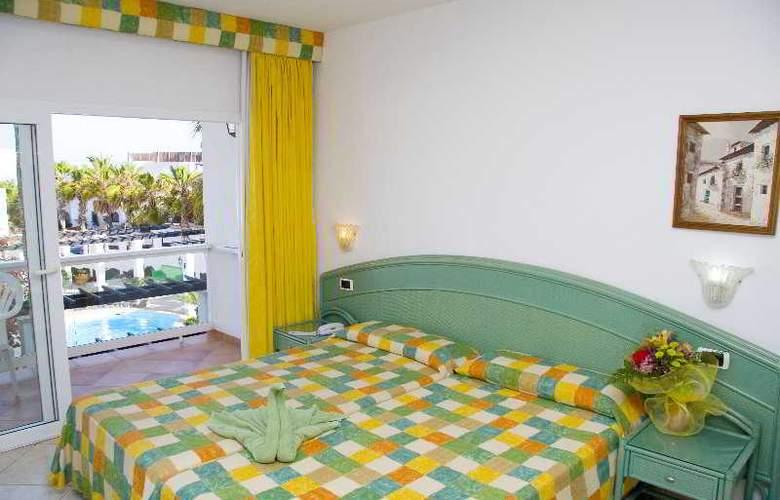 Esquinzo Y Monte Del Mar - Room - 7