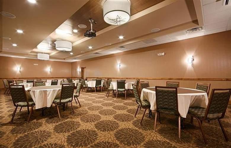 Best Western Newport Inn - Hotel - 65