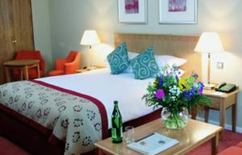 Oxford Witney - Hotel - 1