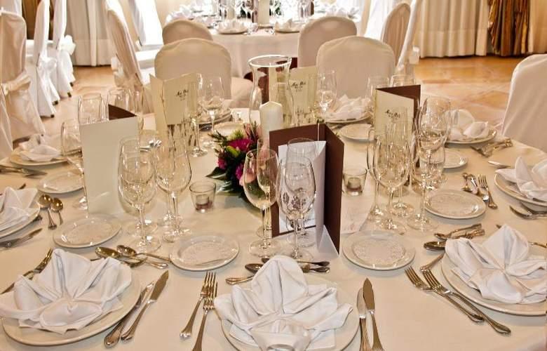 Mon Port Hotel Spa - Restaurant - 142