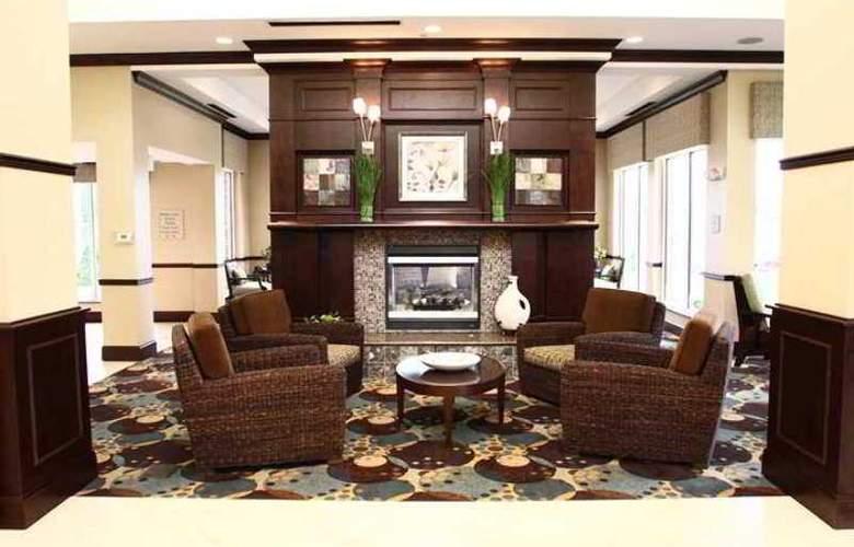 Hilton Garden Inn Charlotte-Mooresville - Hotel - 6