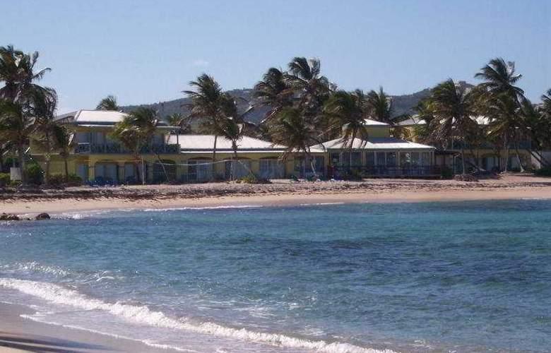 Hibiscus Beach Resort - Beach - 8