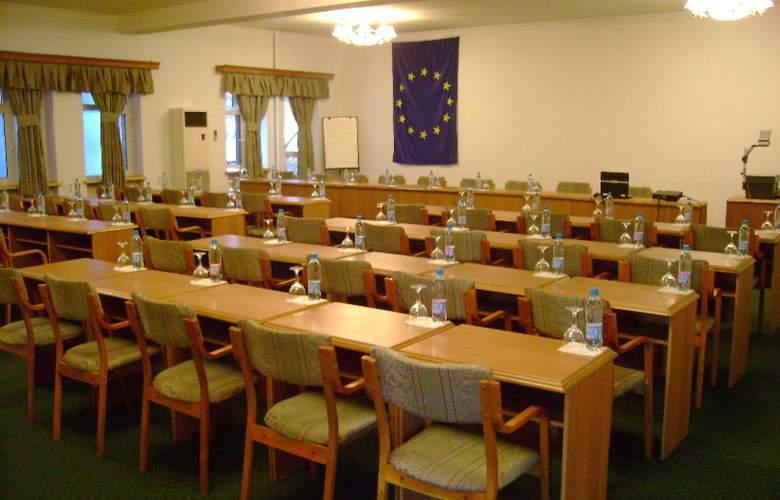 Grand Orzu - Conference - 6