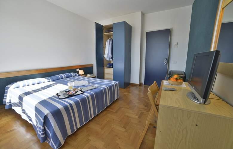 Mistral - Room - 3