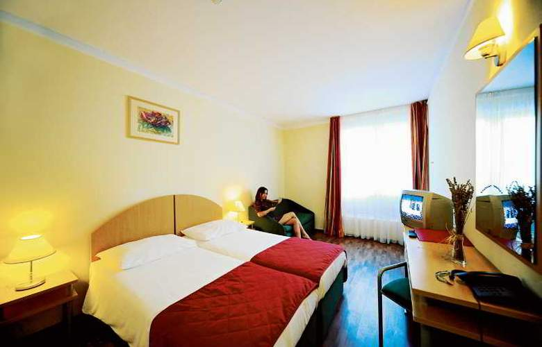 Solaris Beach Hotel Jakov - Room - 9