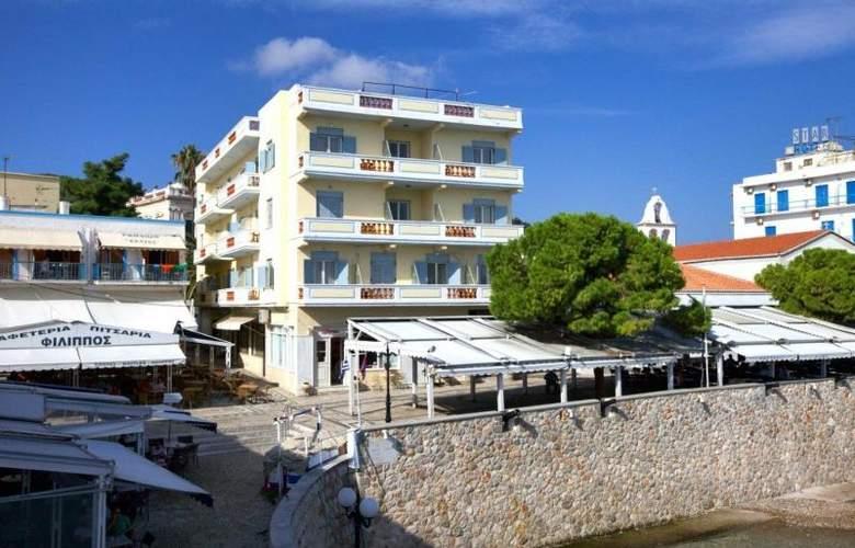 Roumanis - Hotel - 4
