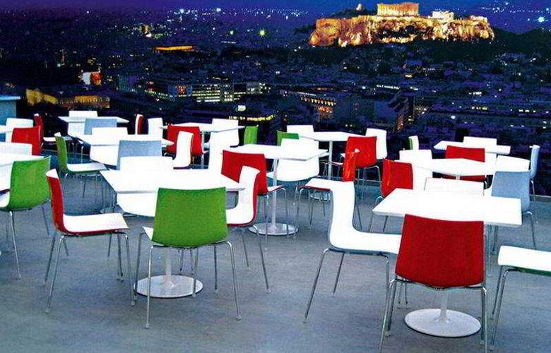 Novus Hotel - Bar - 7