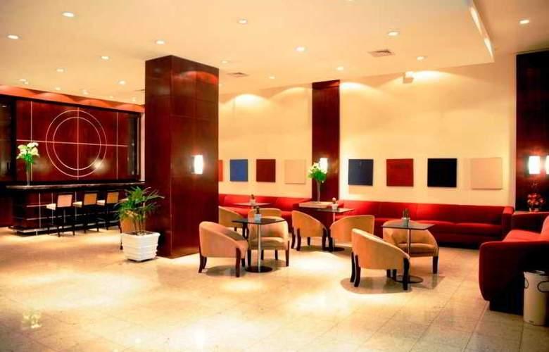 Ambassador Residence Hotel - Bar - 10