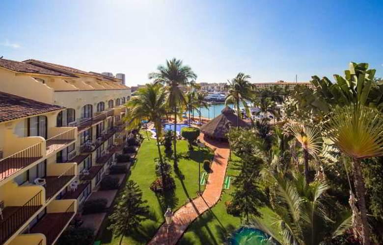 Flamingo Vallarta Hotel & Marina - Hotel - 2