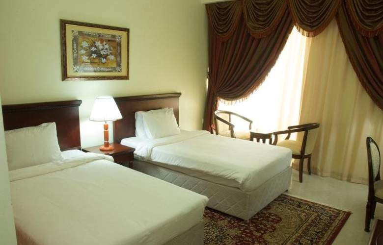 Ezdan Hotel & Suites - Room - 11