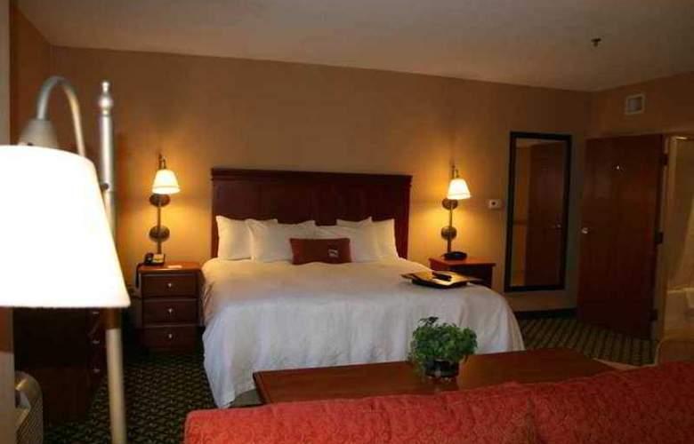 Hampton Inn Joplin - Hotel - 8