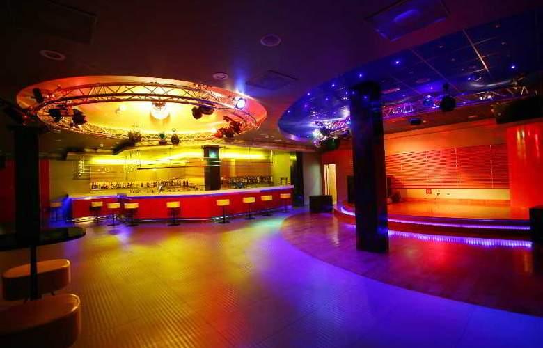 Bluesun Hotel Elaphusa - Sport - 56