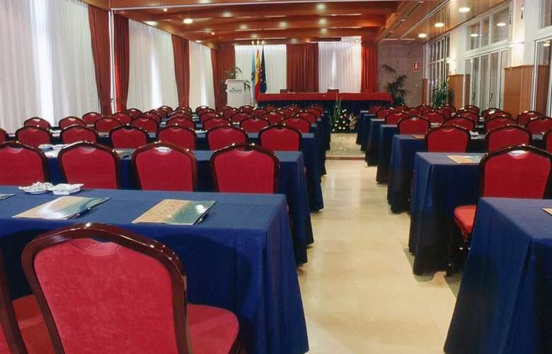 Talaso Louxo-La Toja - Conference - 3