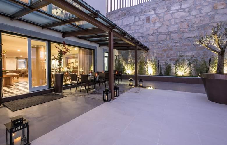 Vila Gale Porto Ribeira - Terrace - 6
