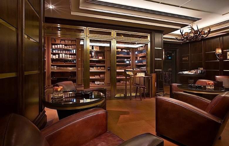 Breidenbacher Hof, a Capella Hotel - Bar - 6