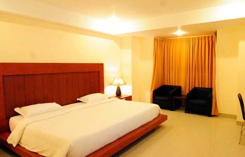 KVC International Hotel - Room - 4
