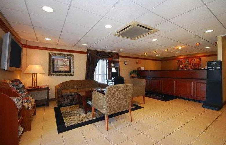 Best Western East Brunswick Inn - Hotel - 1