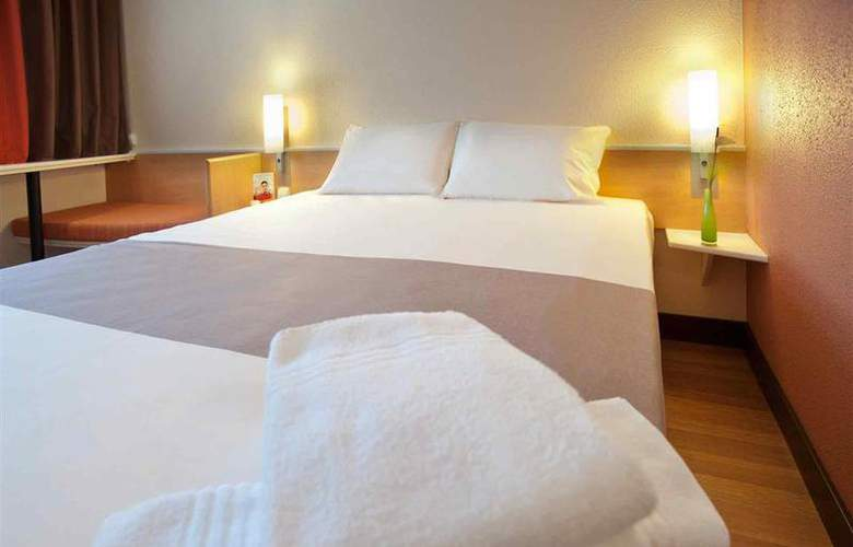 Ibis Bratislava Centrum - Room - 6