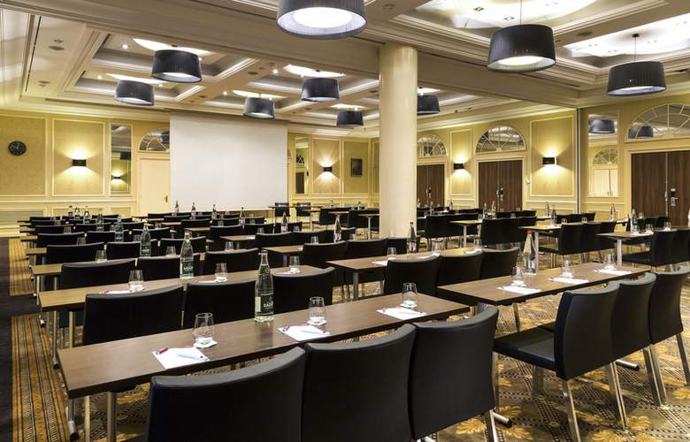 Crowne Plaza Paris - Republique - Conference - 4