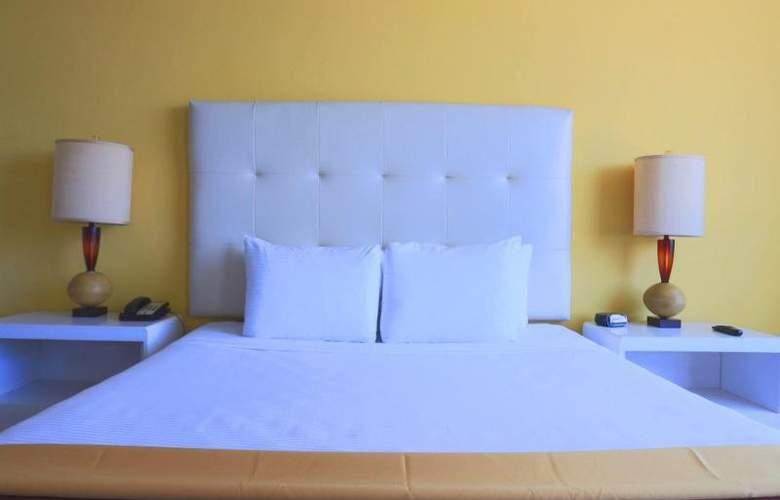 Deauville Beach Resort - Room - 21