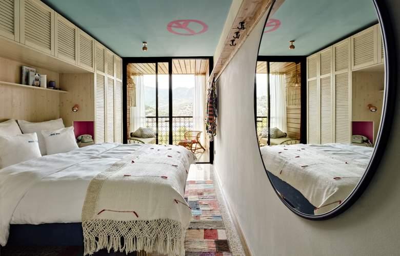 Porto Soller Bikini Island & Mountain - Room - 5