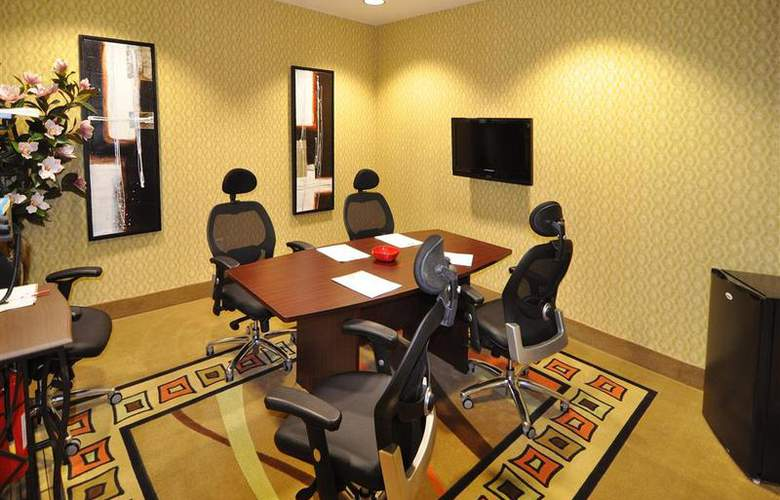 Best Western Plus Jfk Inn & Suites - Conference - 35