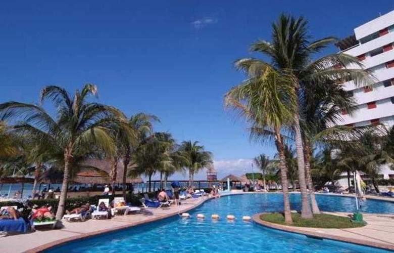Oasis Palm - Pool - 7