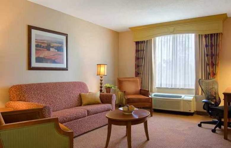 Hilton Garden Inn Columbus - Hotel - 3