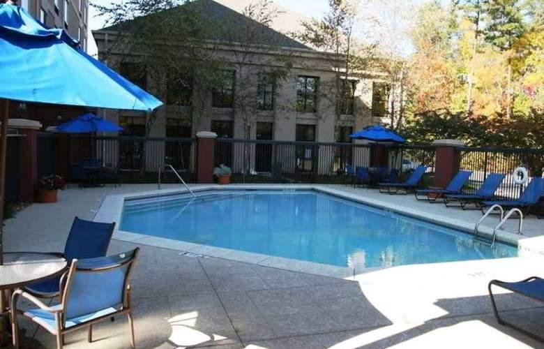 Hampton Inn & Suites Alpharetta - Pool - 6
